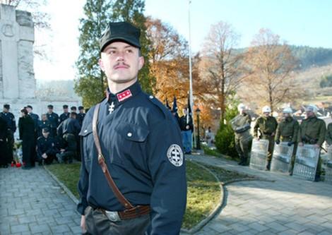 Der Aufstieg der slowakischen Faschisten: Ursachen und Hintergründe