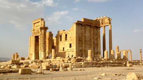 ISIS sprengt Teile von Palmyra, bestätigt so die Logik des Westens