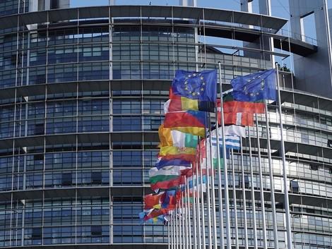Wie kommen wir zu einer europäischen Identität und welche genau brauchen wir?