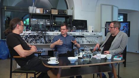 Der Stachel im Fleisch: TV-Gespräch zur Politik der Digitalität
