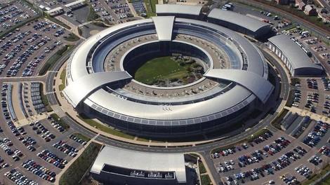 Überraschung? UK Geheimdienste schnüffelten länger, umfassender u missbräuchlicher in Massendaten.