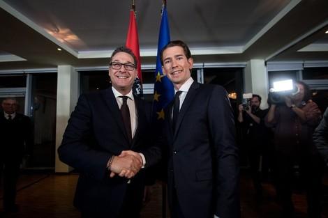 Österreich will Geflüchteten Handys und Bargeld abnehmen