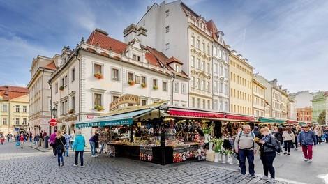 Tschechiens Populisten Zeman und Babiš und die Tschechen in der Schuldenfalle