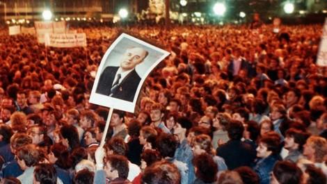 Historikerdebatte: Wer hat das Ende der DDR erkämpft?