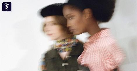 Idee zum Fashion Revolution Day: Mode leihen statt kaufen