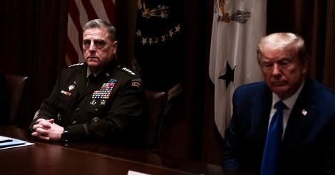 Muss das Militär im Zweifelsfall Trump aus dem Weißen Haus holen?