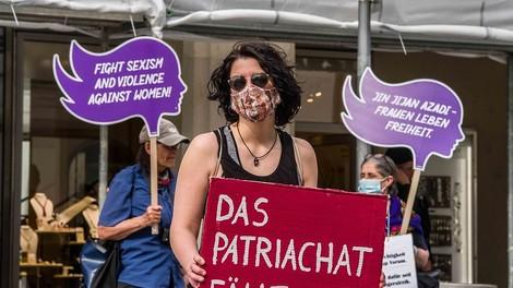 Die Endbossin: Anti-Feminismus und Frauenhass als Motiv für Terror