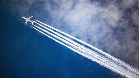 Warum Kurzstreckenflüge besonders klimaschädlich sind