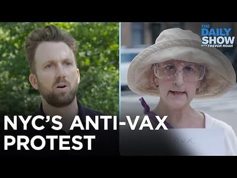 Jordan Klepper spricht Impfgegner in New York (es ist irre-lustig)